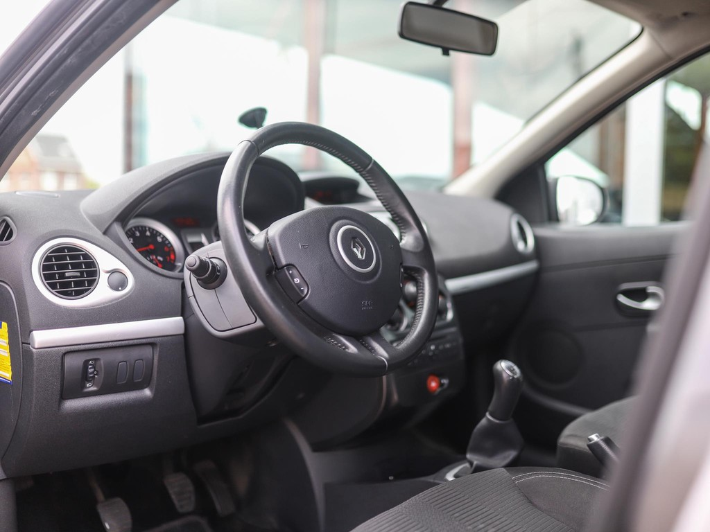 Renault Clio 1.2 Collection Foto